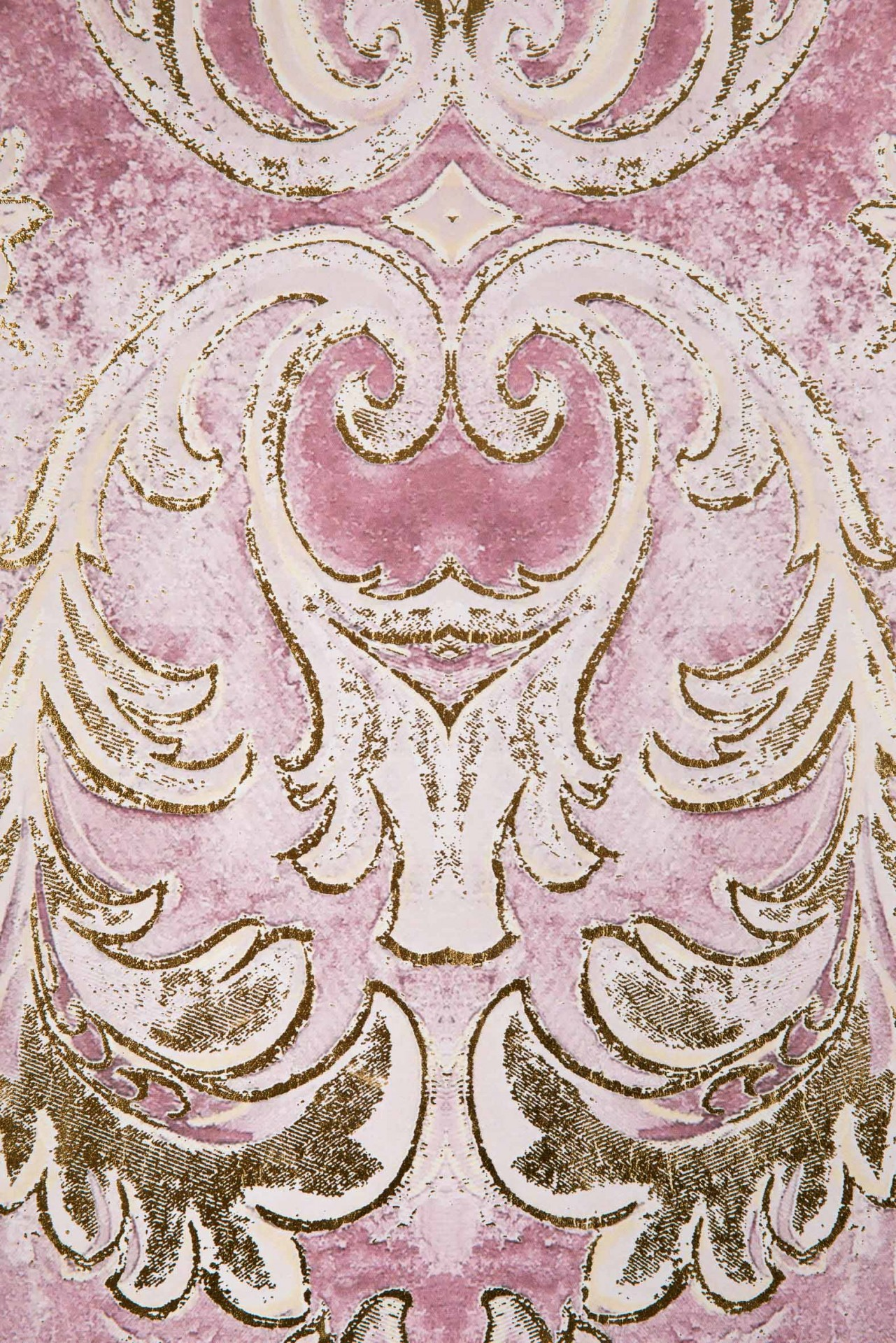 Quadro tela damasco acentos dourados  82*4.5*122cm