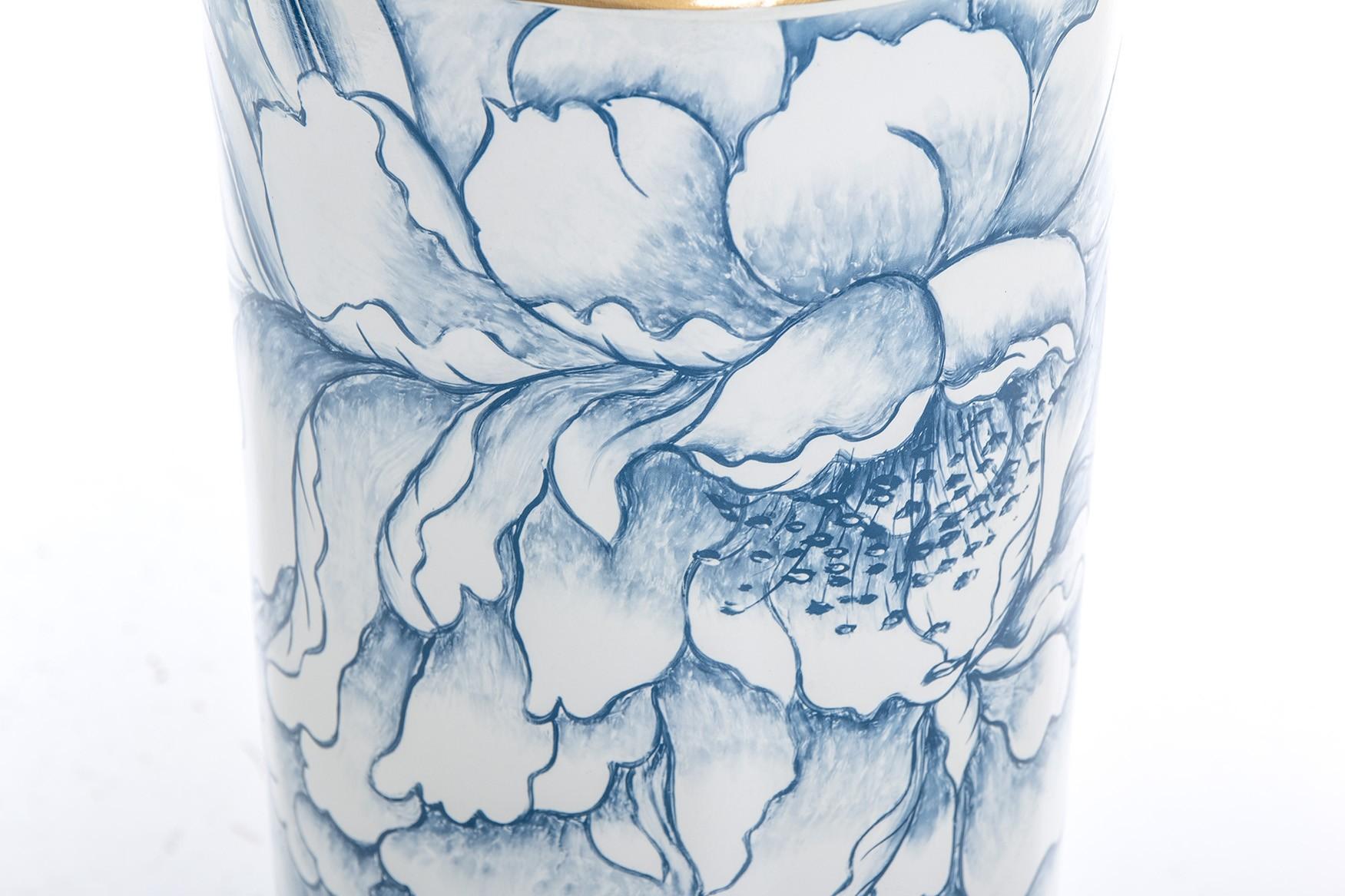 Chapeleiro ceramica azul branco dourado