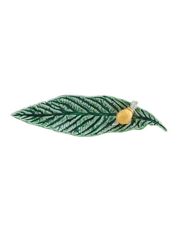 Bordallo Pinheiro -Folhas - Folha Nespereira com Caracol 25cm