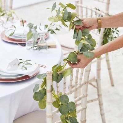 Grinalda de eucalipto artificial