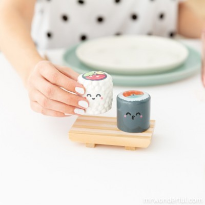 Saleiro e pimenteiro sushi