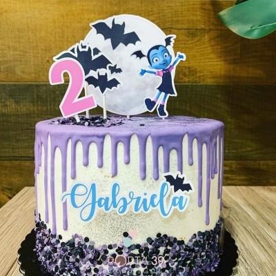 Cake topper Vampirina