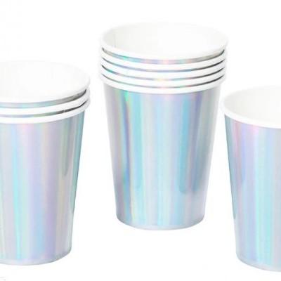 Copos prata iridescentes