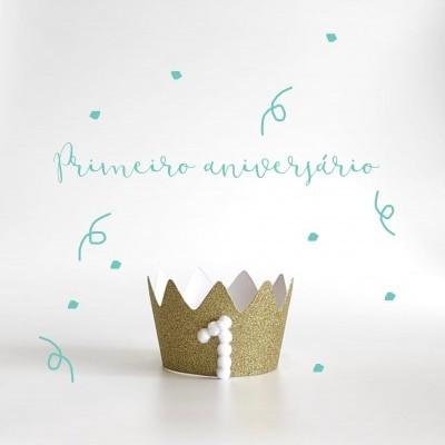Coroa primeiro aniversário branco