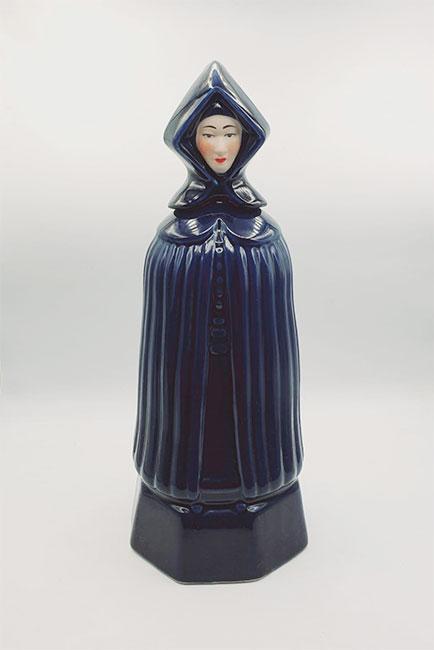 Mulher de Capote Figura | Licor de Maracujá 700ml