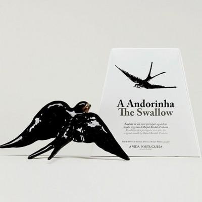 Andorinha Bordallo Pinheiro