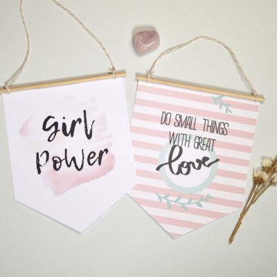 Bandeirolas Girl Power & Do Small Things with great Love