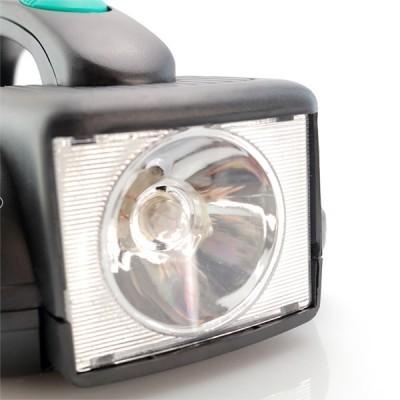 Conjunto de Ferramentas com Lanterna LED integrada