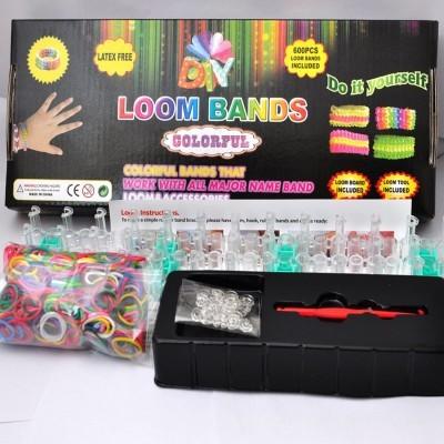 Kit de 600 Loom Bands e Acessórios