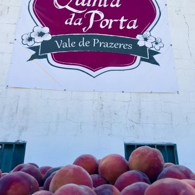 Caixa de Pêssegos Vermelhos (10 Kg) - 24h