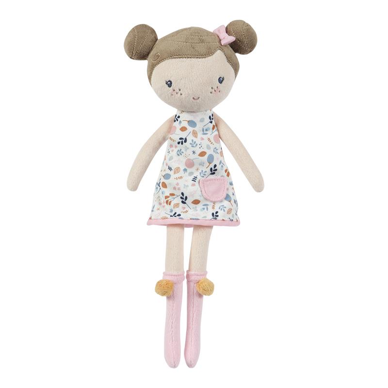 Rosa, a boneca de pano