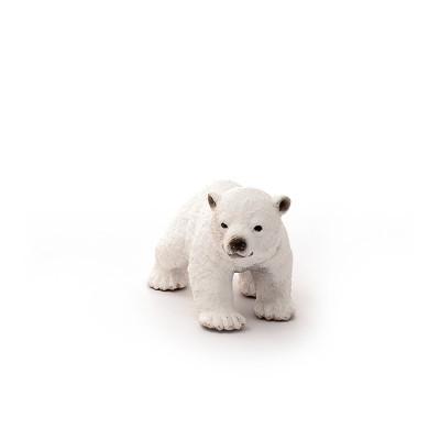Cria do urso polar, a caminhar