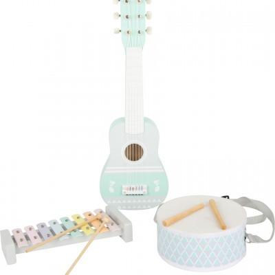 Conjunto de instrumentos musicais [madeira]