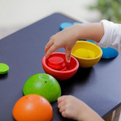 Taças de associação de cor e contagem [em madeira]