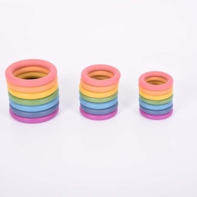 Conjunto de anéis coloridos [madeira]