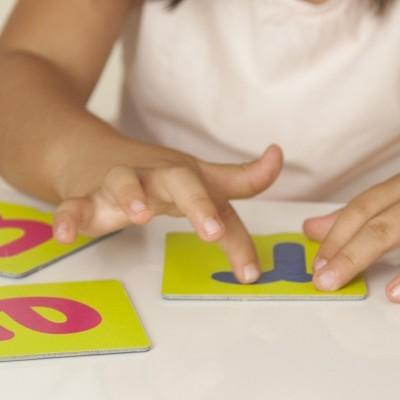 Cartão Tátil de Letras e Pontuação
