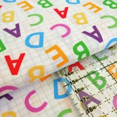 Tecido Fabricart - Letras coloridas