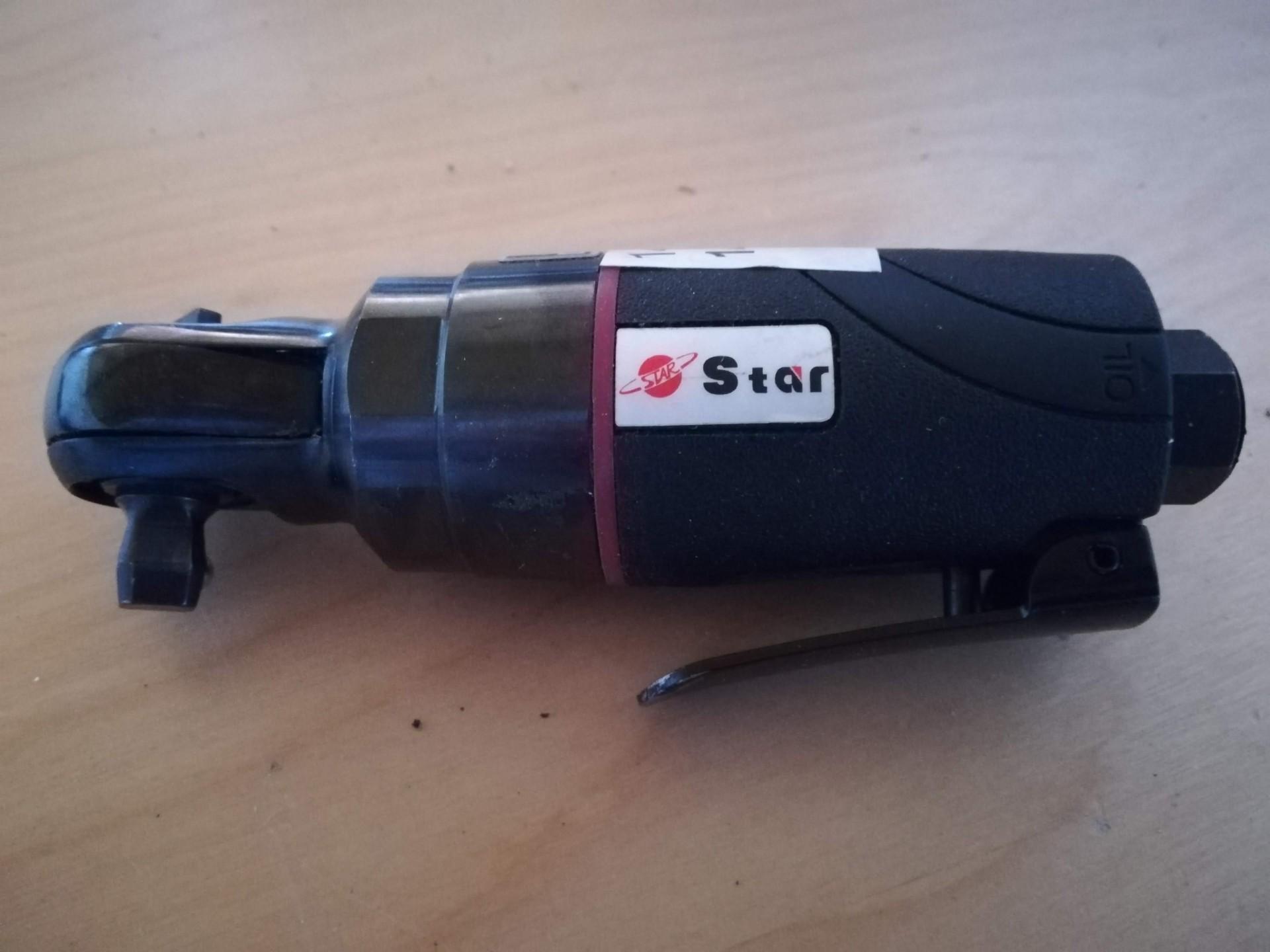 """Chave de impacto pneumática  3/8"""" 24Nm"""