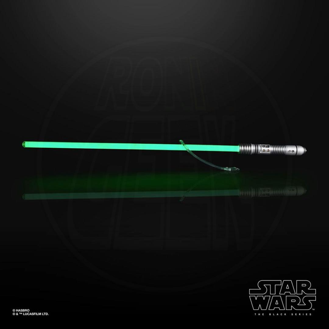 Hasbro Black Series Star Wars 1/1 Force FX Lightsaber Kit Fisto