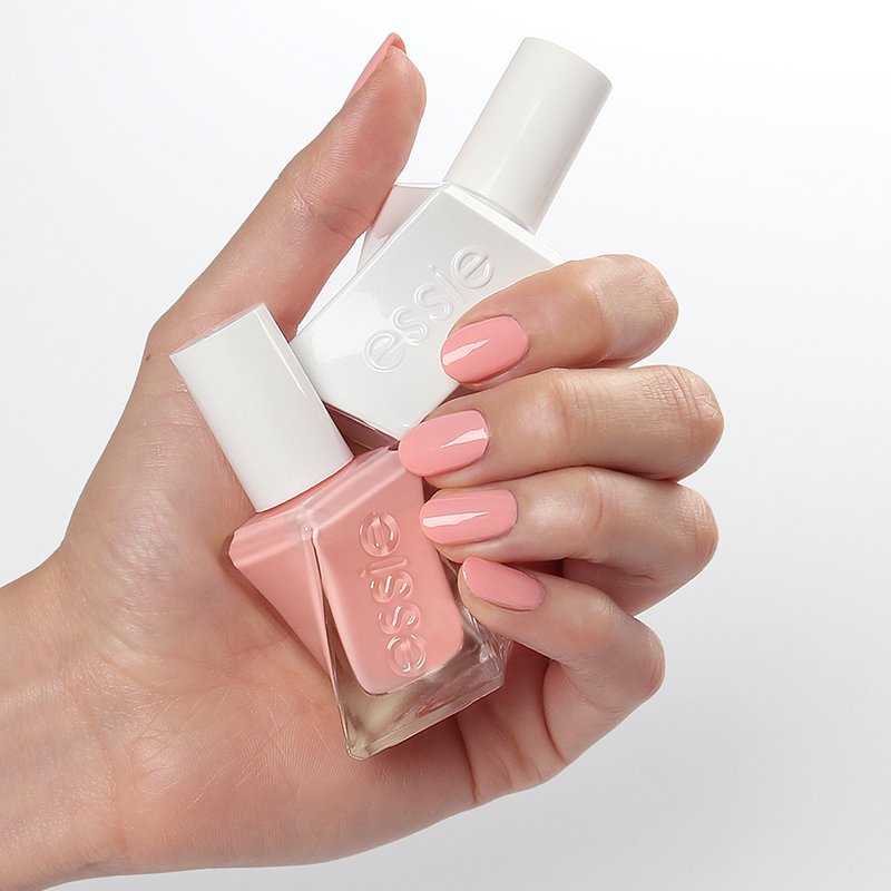 Essie Gel Couture 140 – Couture Curator
