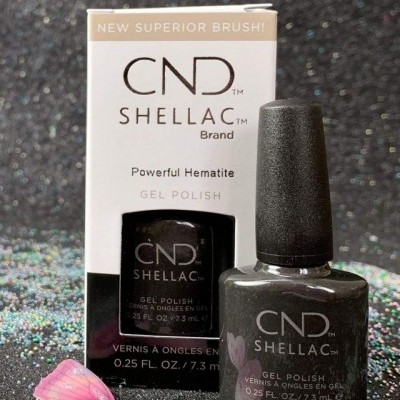 CND Shellac #00118 – Powerful Hematite