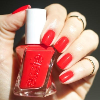 Essie Gel Couture 260 – Flashed