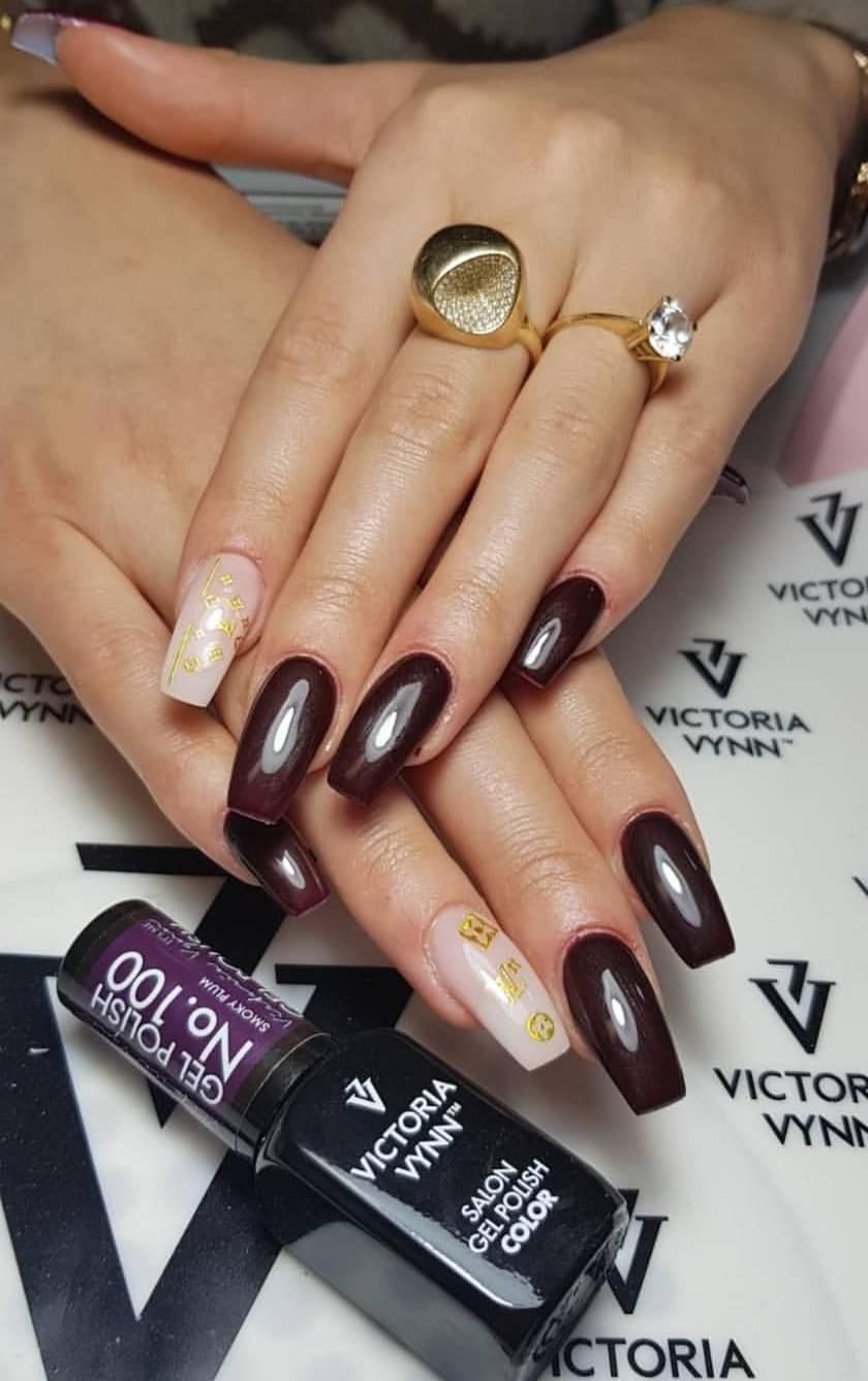 Victoria Vynn Verniz Gel Nº 100 - Smoky Plum - 8 ml
