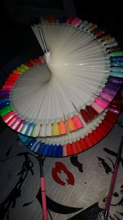 Mostruário de 120 cores em Carrossel - Branco