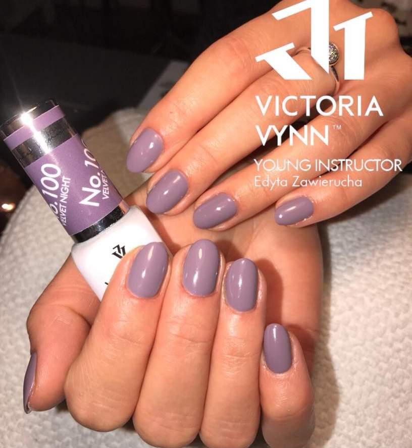 Victoria Vynn Verniz Gel Nº 100 - Velvet Night - 8 ml