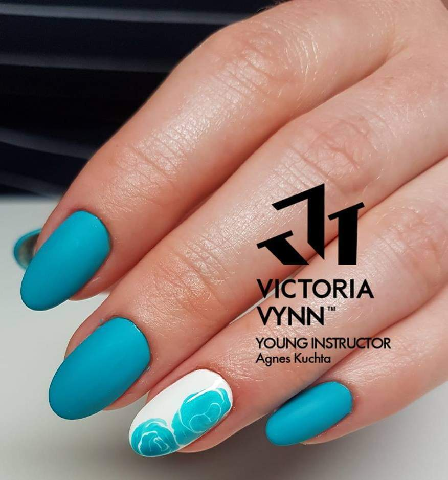 Victoria Vynn Verniz Gel Nº 068 - By The Bay - 8 ml