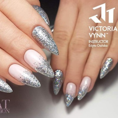 Victoria Vynn Verniz Gel Nº 225 - Silver Diamond - 8 ml