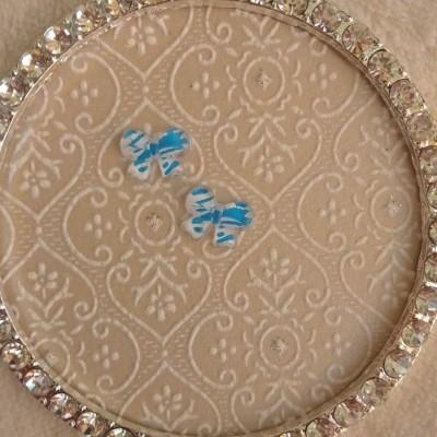 Laços Azuis Claros e Brancos - 1 Par