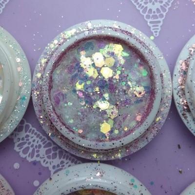 Glitter e Flocos Translúcidos