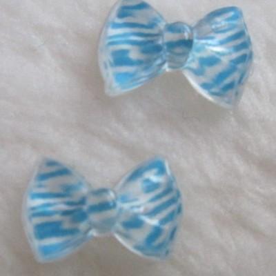 Laços Azul Claro e Branco Zebra - 1 Par