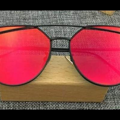 Óculos Cat Eye Vermelho