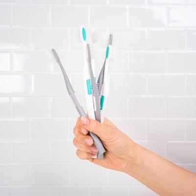 AP24 : Escova de Dentes