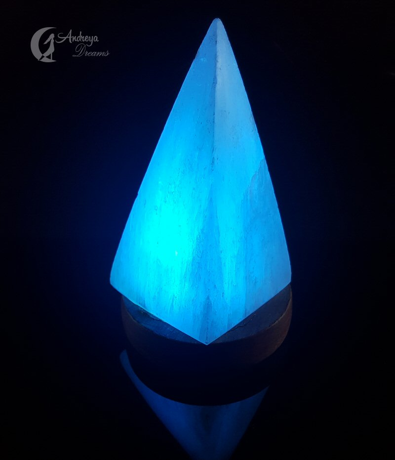 Candeeiro de Selenite em Pirâmide, USB com luz LED Multicolor