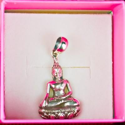 Buda Sentado em Flor de Lotus, em Prata