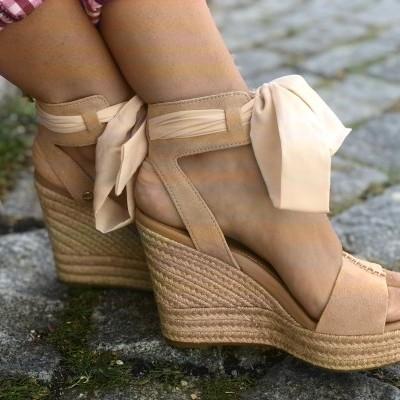 Sandálias UGG em pele WITTLEY