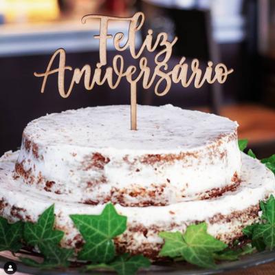 Topo de Bolo Madeira - Feliz Aniversário