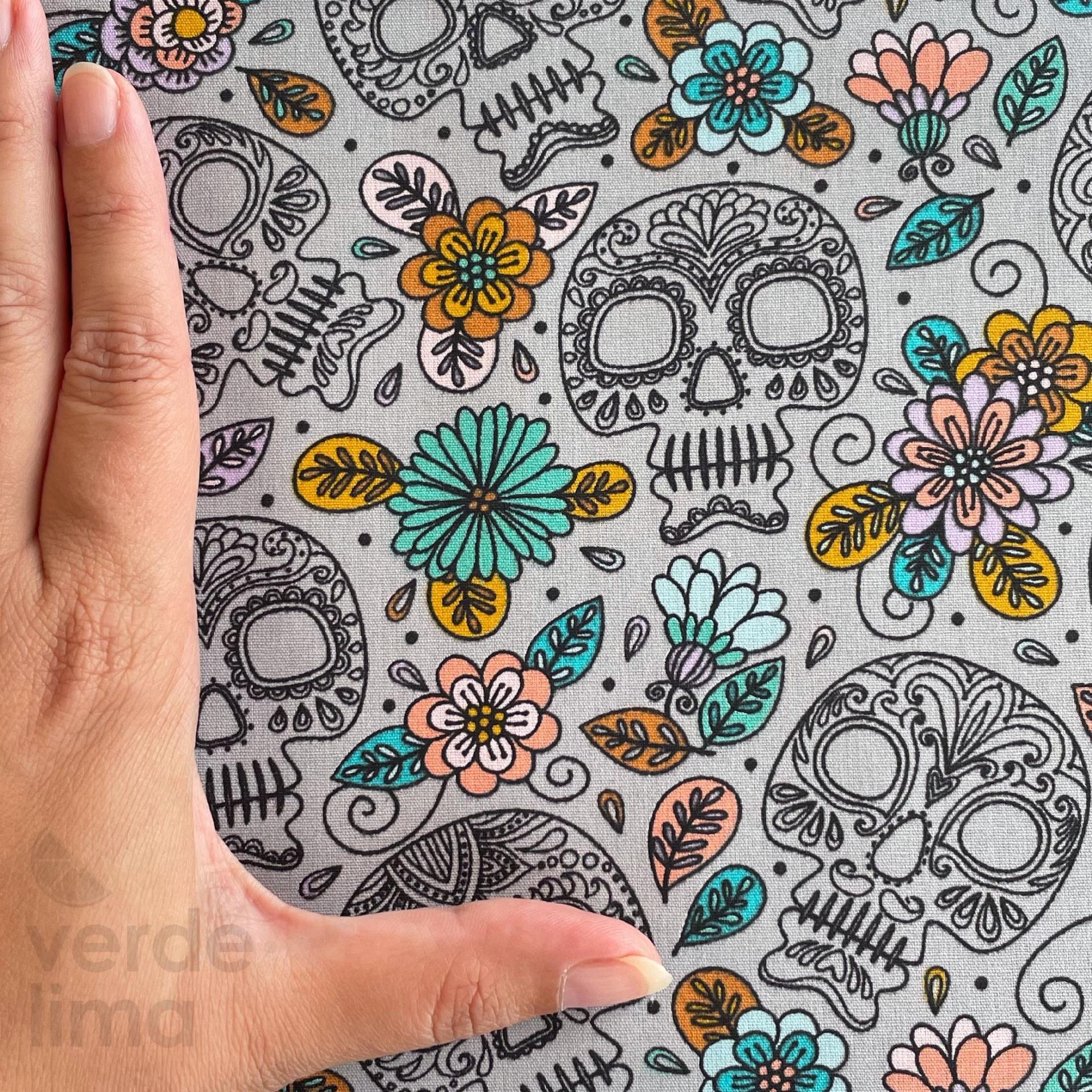 Colorfull Skull - Cinzento