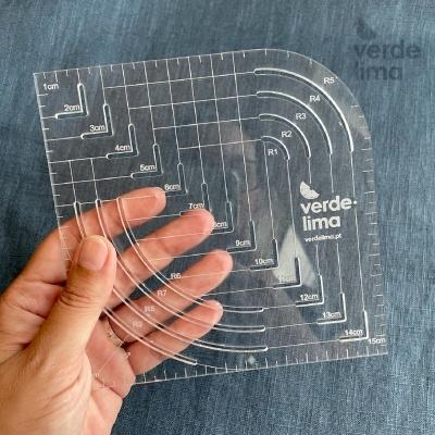 Régua para cantos redondos e quadrados