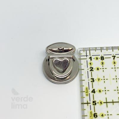 Fecho de encaixe coração 3,5cm