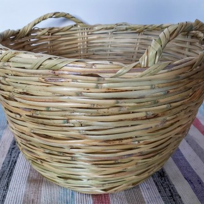 Canastra de Roupa com asas – Large Algarve Cane Cloths Basket with handle
