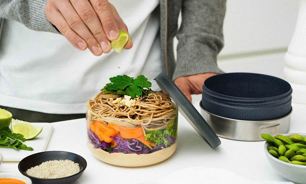 Black Blum Glass Lunch Bowl Utensílios