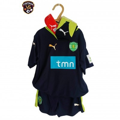 NEW Sporting CP Football Full Kit 2007-2008 (3-4 Years)