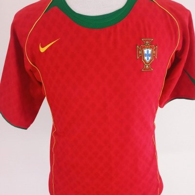 "Portugal Home Shirt 2004 (M) ""Very Good"""