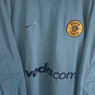 "Kaizer Chiefs Goalkeeper Shirt 2001 (S) ""Very Good"""