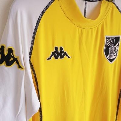 "Vitoria Guimarães Away Shirt 2004-2005 (XXL) ""Very Good"""