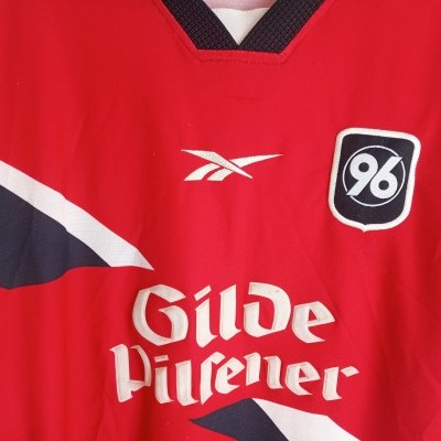 "Hannover 96 Home Shirt 1999-2000 (S) ""Average"""